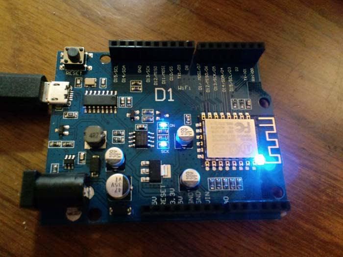 WeMos D1 wifi 基板 - ラジオ少年の楽しい電子工作、その他