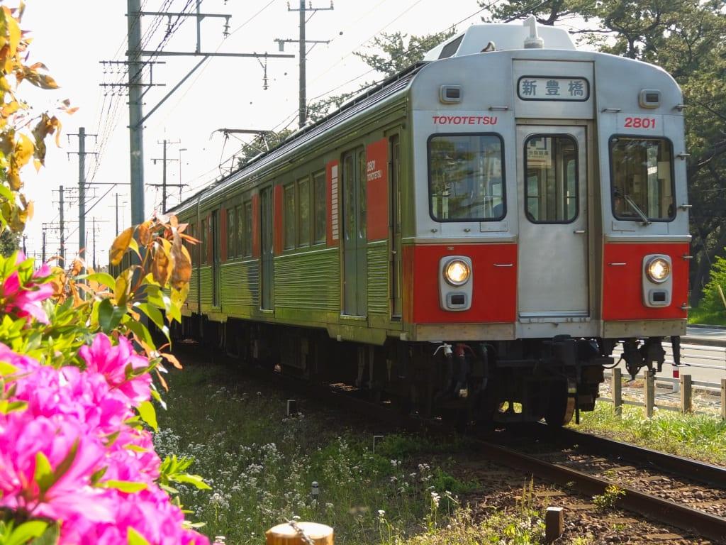 豊鉄1800系