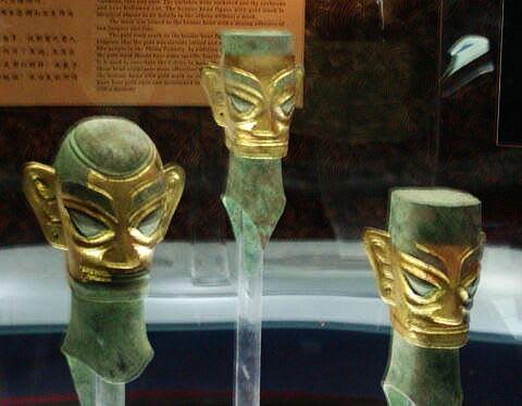 三星堆マスク