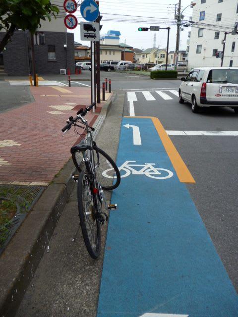 さてここで 「自転車は歩道に ...