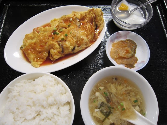 ランチB(カニ玉定食)