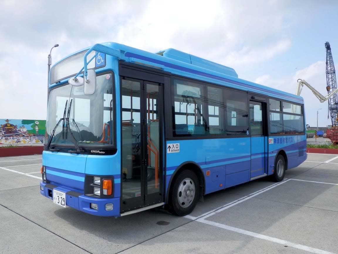 神津島村営バス~小規模ながらエ...
