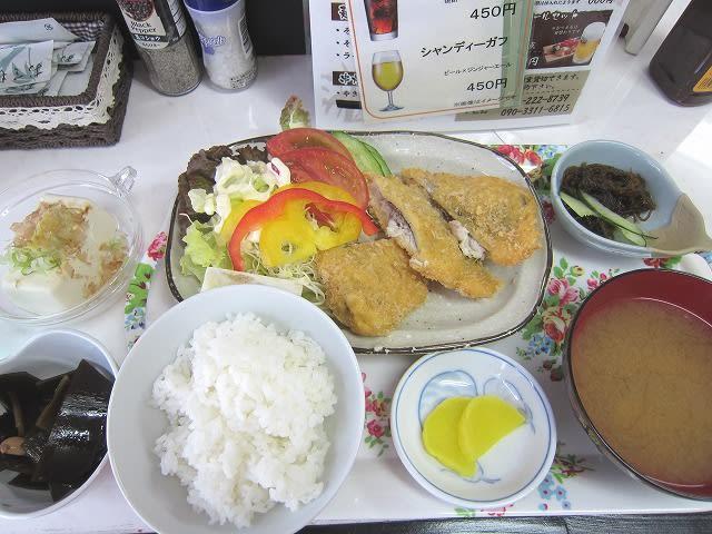 魚定食(アジフライ)