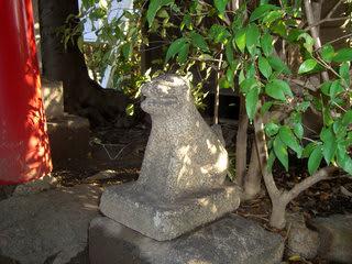 蔀山稲荷神社のお狐さん
