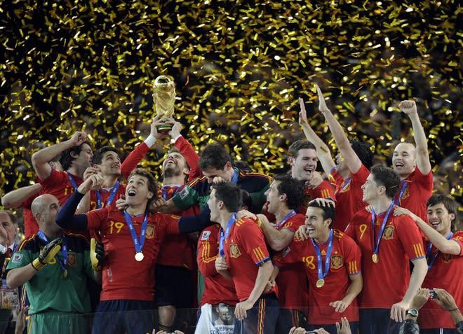 スペイン優勝おめでとう! レイナ、おめでとう~!   Cafe Anfield