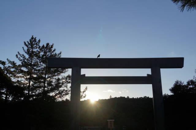 伊勢神宮「内宮の朝日」見てきました〜(^^)