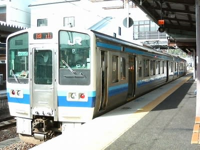 2両編成でワンマン運転の岡山の近郊列車