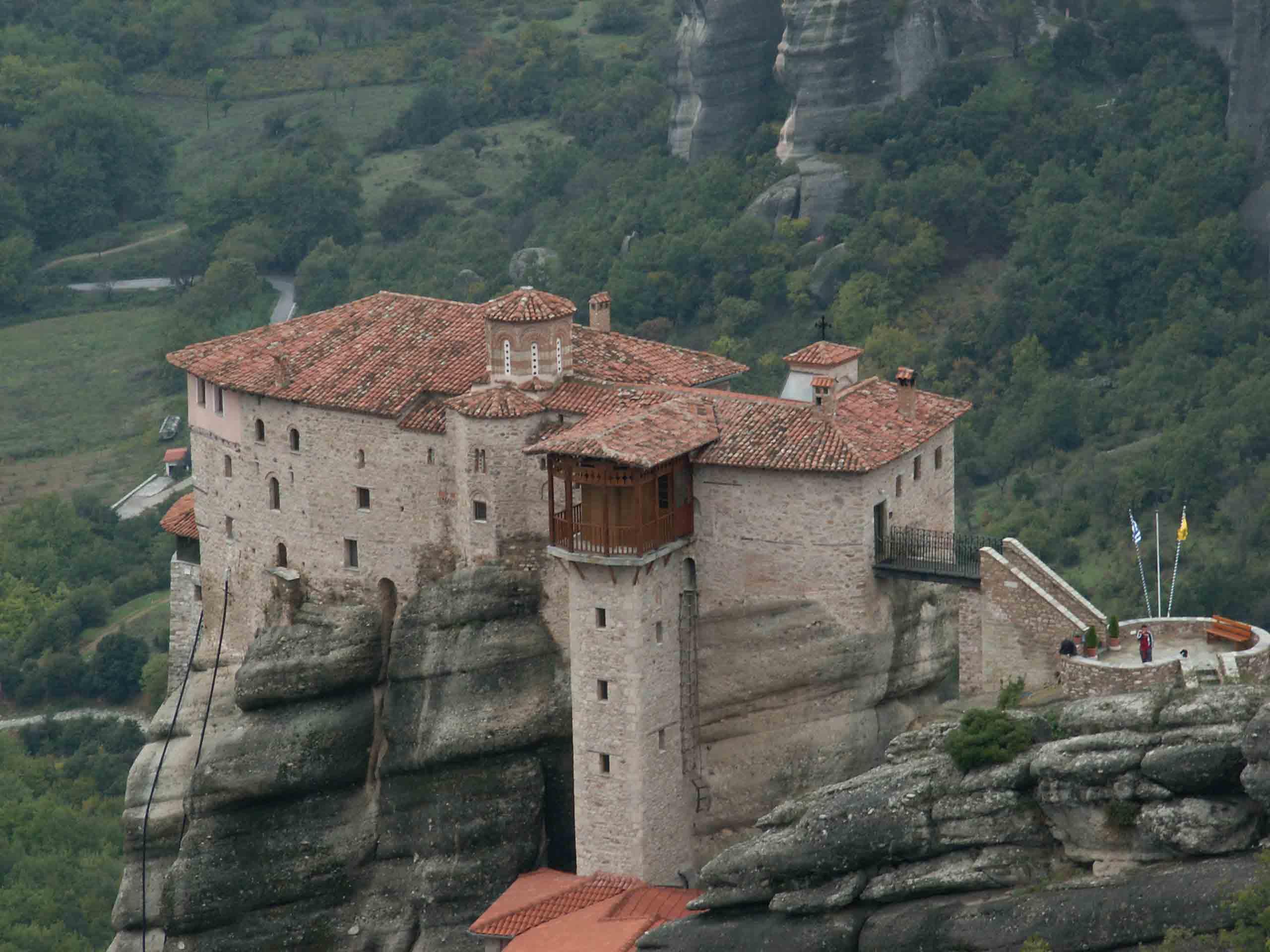 メテオラ(ルサヌー修道院/ギリシャ) - 拝啓、世界の路上から