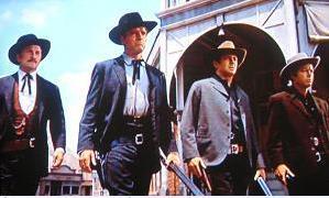 トゥーム・ストーンに到着したワイアット・アープ(ランカスター)だったが... 映画 OK牧場の決