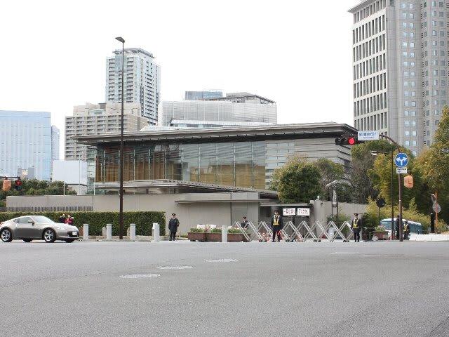 総理大臣官邸のお雛さま - 中越地震復興「寅太の山野草」