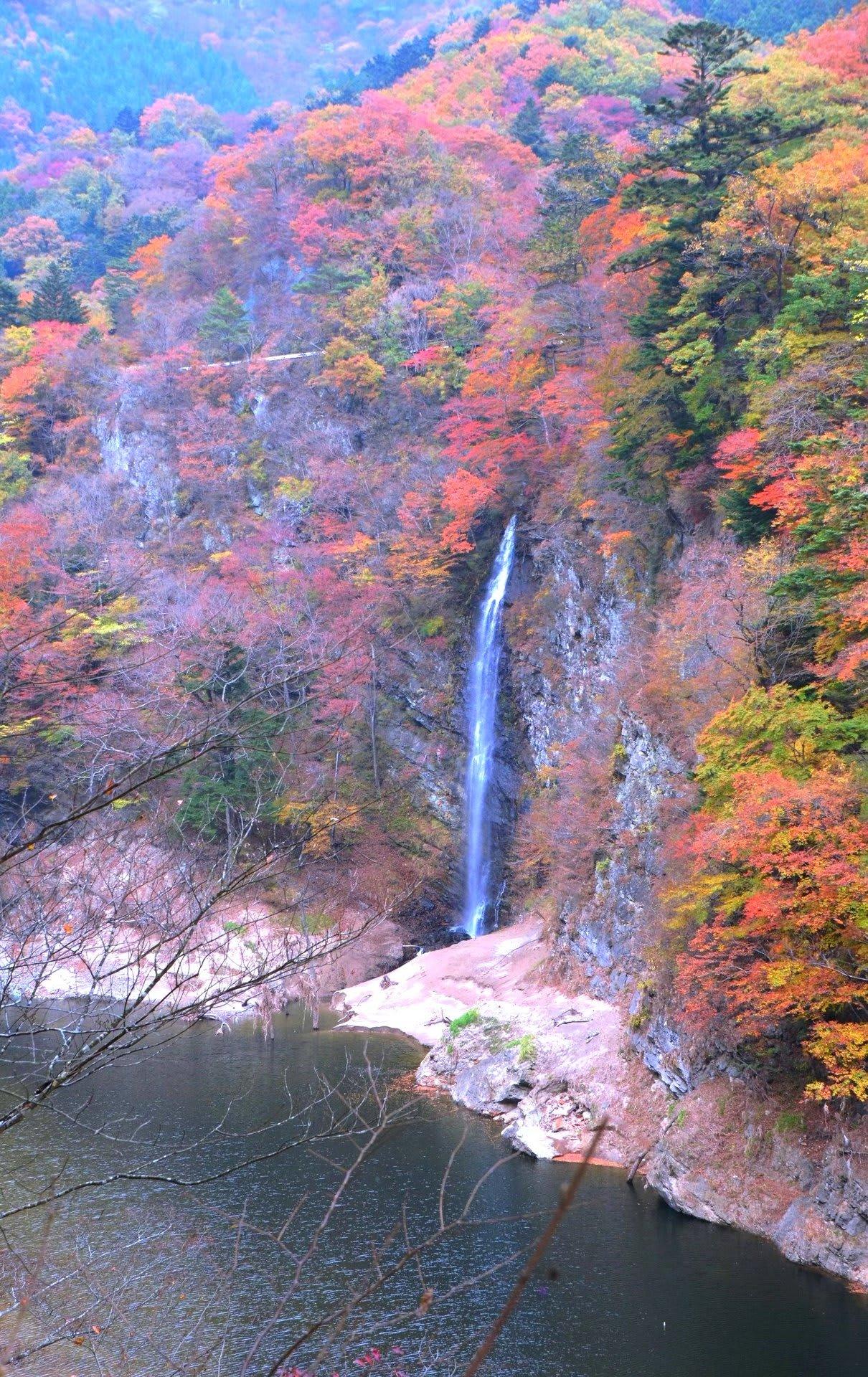 回顧の滝【岩淸水・言葉の説明】