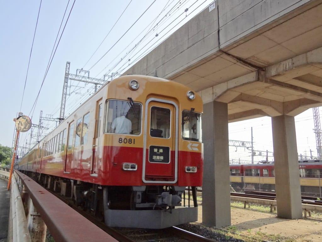 京阪8000系30番台「回送」
