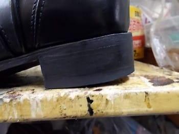 926c8f7872e7 高級靴はこうなってるもんだ、という話を聞いたことありますが詳細不明。 買った 靴が「なんかか歩きづらいな・・・」と思ったら、こういうとこも見てみてください。
