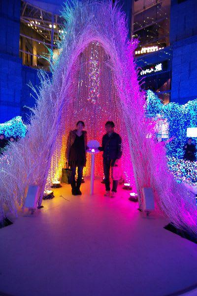 カレッタ汐留のクリスマスドームで記念撮影
