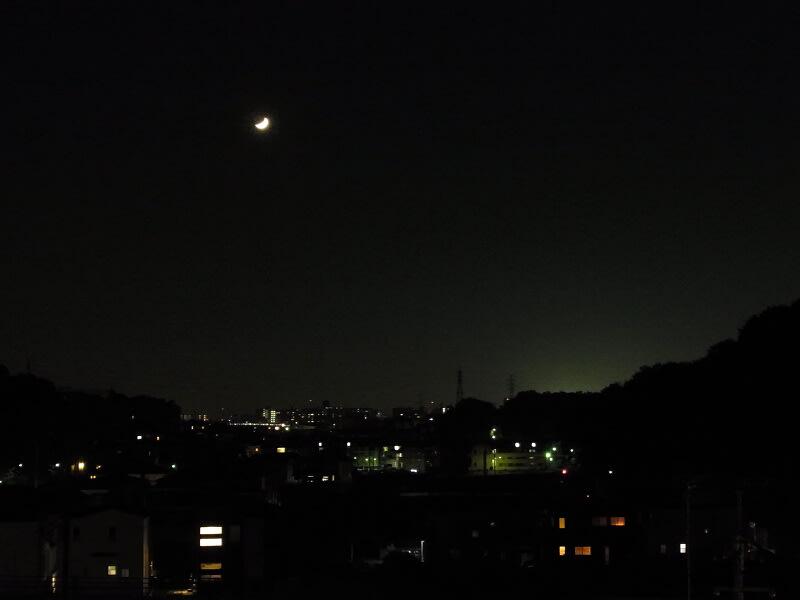 11月05日 根岸台の月