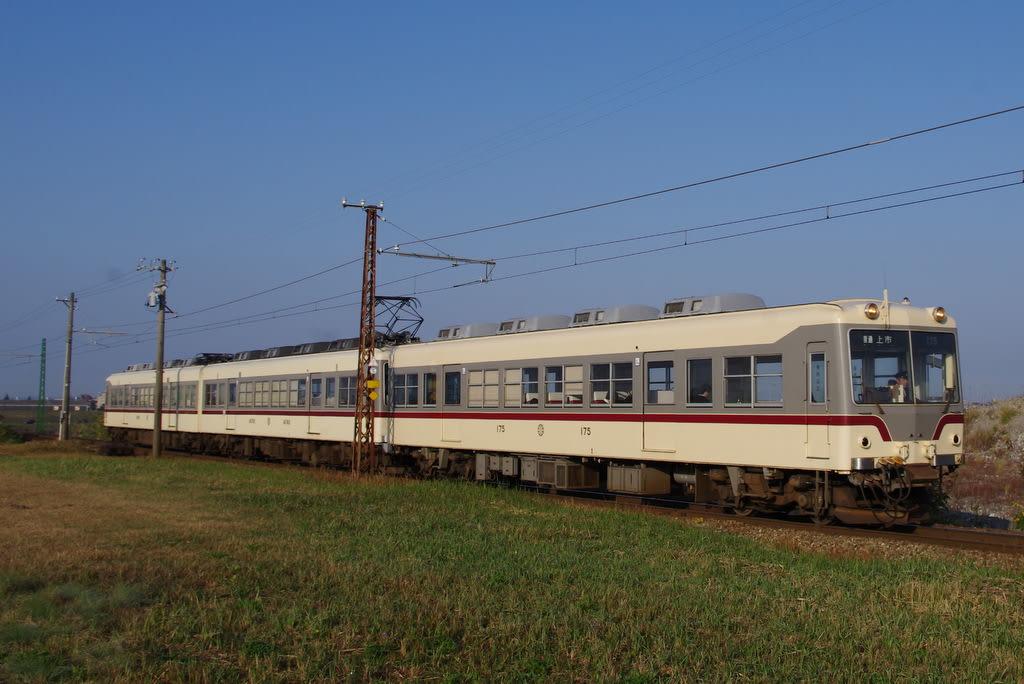 富山地方鉄道旧塗色車