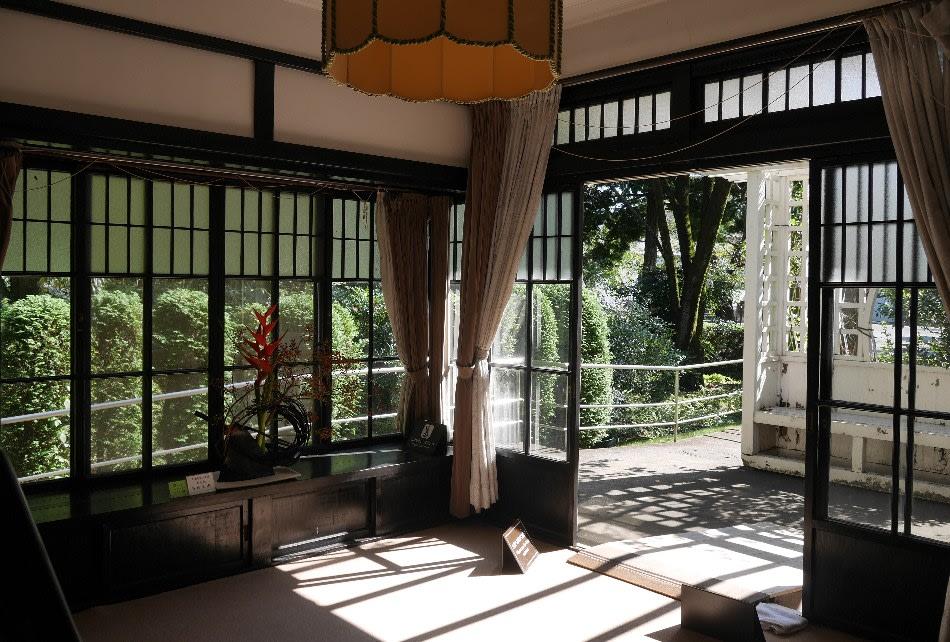 大川邸の寝室