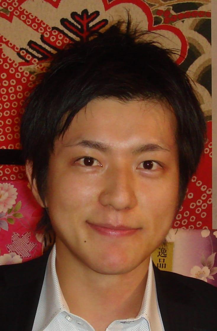 拡大 俳優で、格闘家の丹羽圭介さんの甘いマスクをパチリこんなあでやかな着... 俳優・格闘家の丹