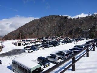 駐車場。無料。