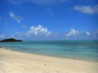 7月22日〰25日、与論島に初上陸。 =与論島= 鹿児島と沖縄の中間に浮... 与論島 と 「め