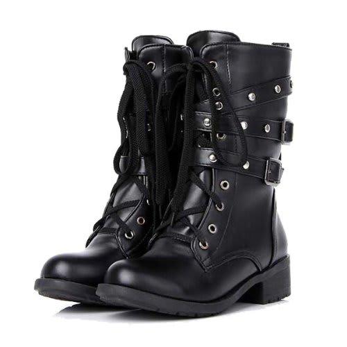 スニーカーからブーツ、靴紐の ...