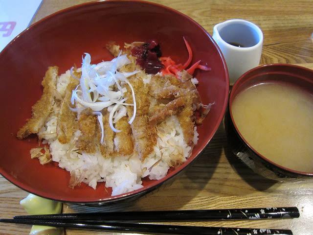 和風カツ丼+味噌汁