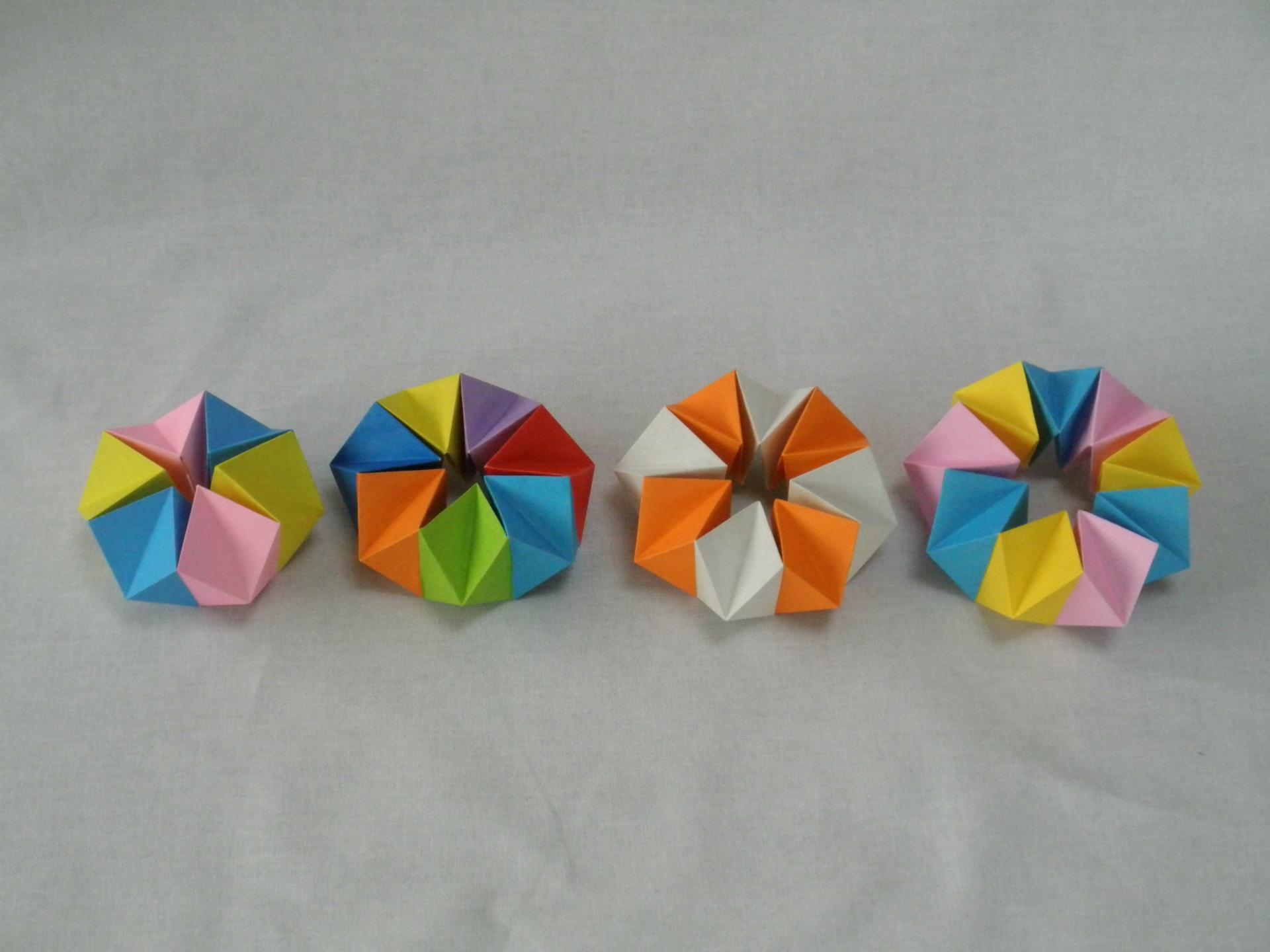 万華鏡 折り 折り紙 方 の