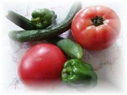 取れたての新鮮トマト、クリックすると茄子