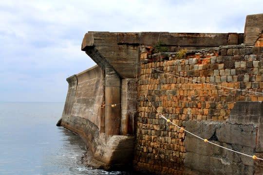 軍艦島の堤防