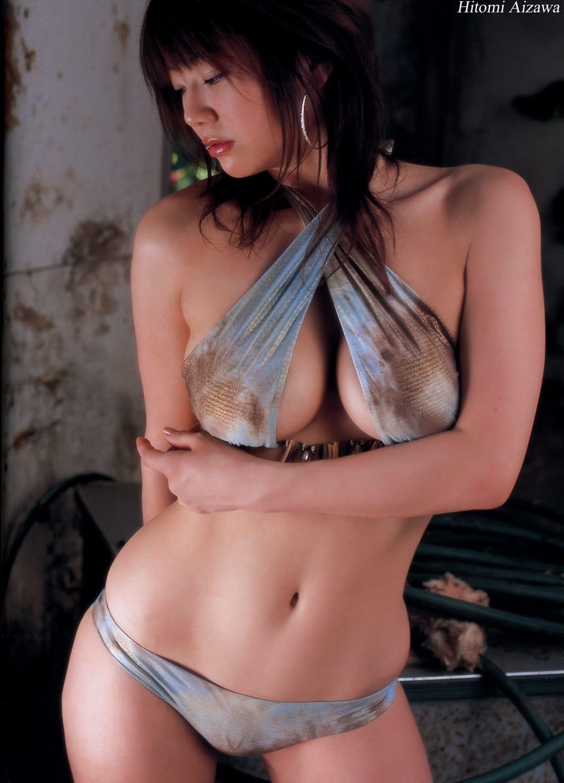 相澤仁美さんの水着