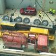 クレーン車が船倉内に落下