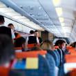 飛行機内で渡された『紙ナプキン』 見た途端、女性の目には涙があふれた