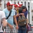 アメリカ国境に到達するも野宿を強いられる「キャラバン」参加者の一部 移民・難民拒否の背景にあるもの