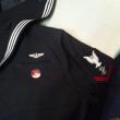 夏に着る海軍のシャツ