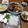 8月6日(月)茄子とピーマン、マッシュルーム、肉の炒め物