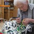 母と編み物