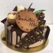 秋のペディキュアとお祝いのケーキ