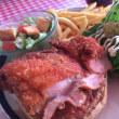 【二川】外国人のお客さんも通うハンバーガーのお店にて☆「フライドチキンバーガー」