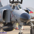 百里基地でF-4戦闘機火災!誘導路走行中脚部欠損と負傷者なし,奮闘する五〇年代傑作老朽機