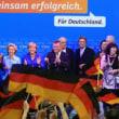 世界はファシズム極右政党VSリベラル社民党だ!