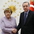 「フランスは大量虐殺について、トルコに説教できない」トルコ外相