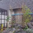 要塞の家の佇まいのデザイン(仮称)暮らしと共に「めでる」家新築工事の現場は、外構工事(庭園工事)の途中・・・要塞の佇まいバランスとイメージで暮らしの空間を上質に、見える部分と角度と視界。