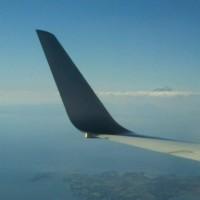 北陸新幹線と飛行機の窓から見えた富士山