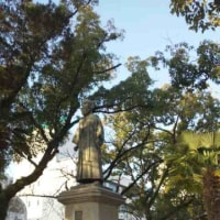 体調不良の朝に見る稲葉三右衛門像