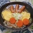 オムレツを蕎麦に乗せてモーニングサービス風の朝