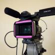 蛍光色が故に、目立つことに意義がある、蛍光テープとカメラのいい関係