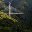 工事中の橋が崩落、作業員10人死亡。南米コロンビア