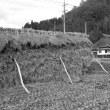 茅葺民家 モノクロ 広島県高野町