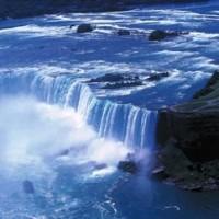 ナイアガラの滝の水量について。