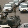 とうとうムガベ大統領排除。ジンバブエ軍、国営放送局を占拠. 「大統領は無事」と